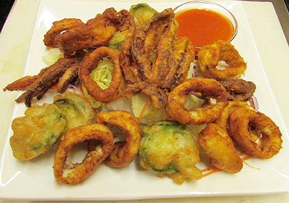 SPICY CALAMARI*